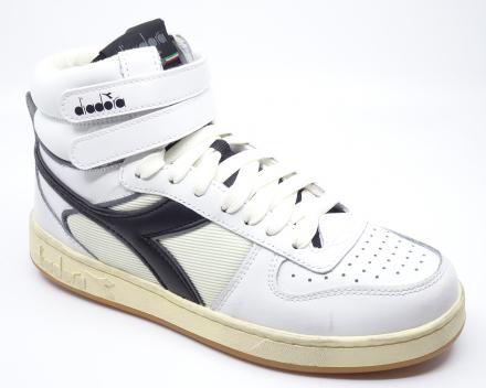 Diadora Magic Basket Mid Icona - 110,00 € - wit/zwart 38/38.5/39/40/41